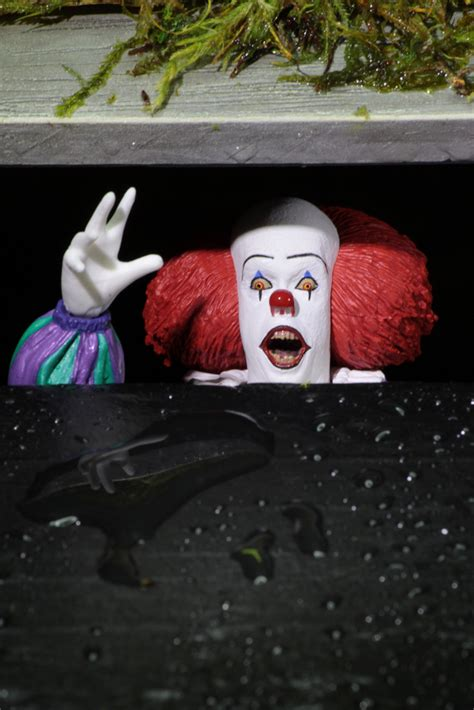 Shipping: Ultimate Pennywise (1990), Nightmare on Elm