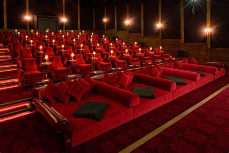 Now here's a private theater! soho_farm_house_electric