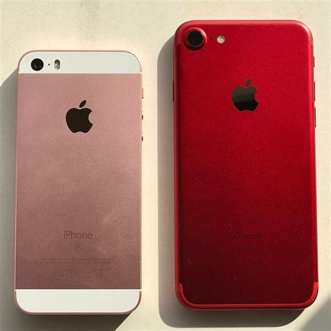 Rose Gold / iPhone SE vs (PRODUCT) RED /iPhone 7